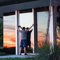 Reflex pane for single-chamber (double-glazed) windows