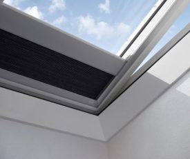 FSK 1045S – double pleated solar blind